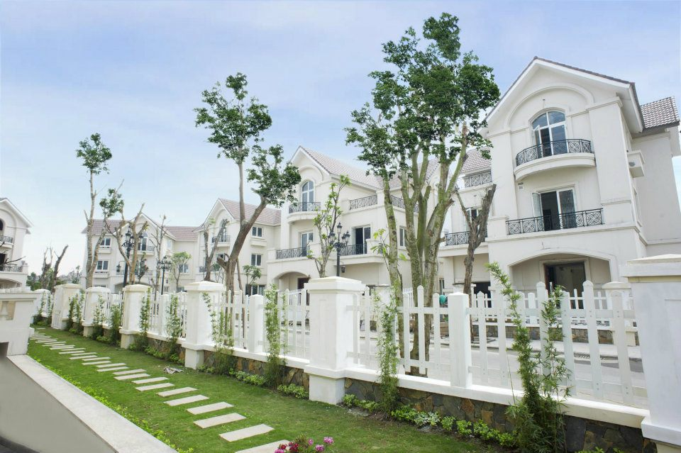 Semi-detached villas in Vinhomes Riverside