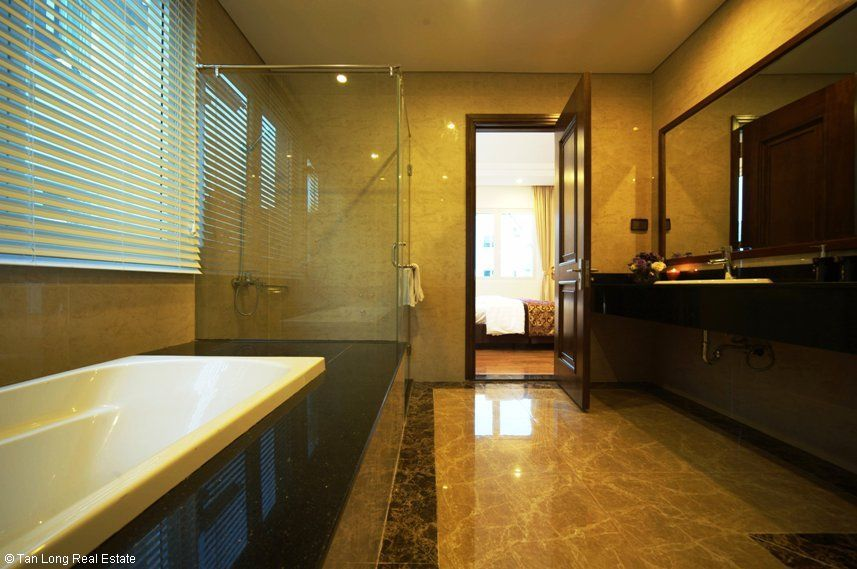 Bathroom in Vinhomes Riverside Flamboyant Villas