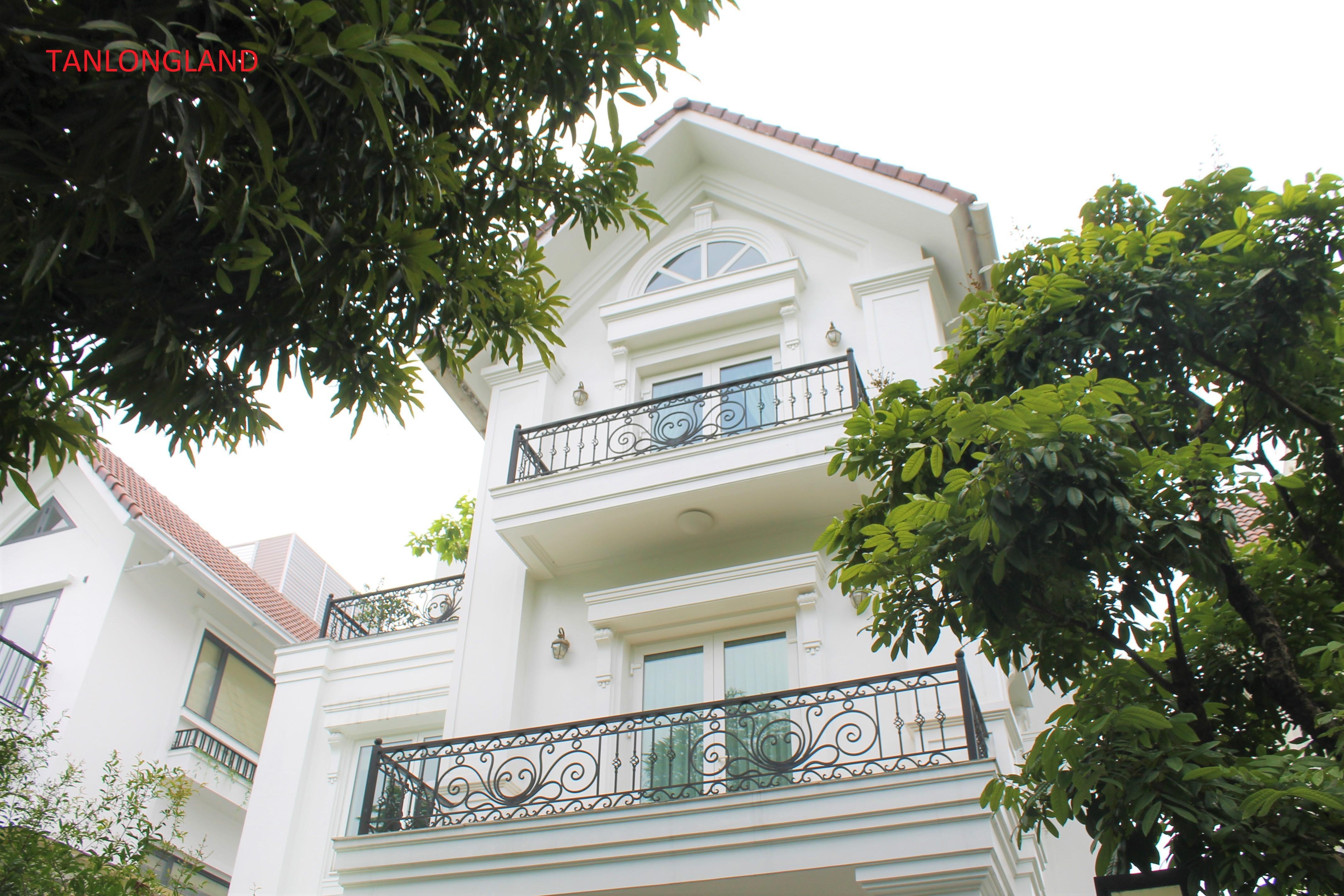 Vinhomes Riverside Villas/ Houses in Long Bien - Venice city of Hanoi
